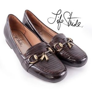 Life Stride Brown Patent Loafers Flats Buckles EUC
